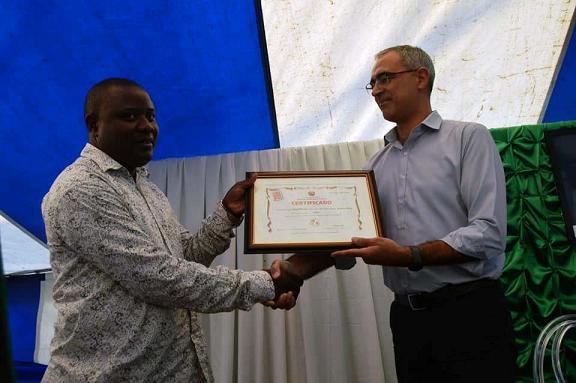 Cimentos da Beira agraciada com o selo Made in Mozambique